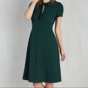 ModCloth Green Neck Tie Dress 2X